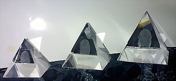 Egypt 3 Pyramids - Glass, Crystal - Laser egraving scenes inside